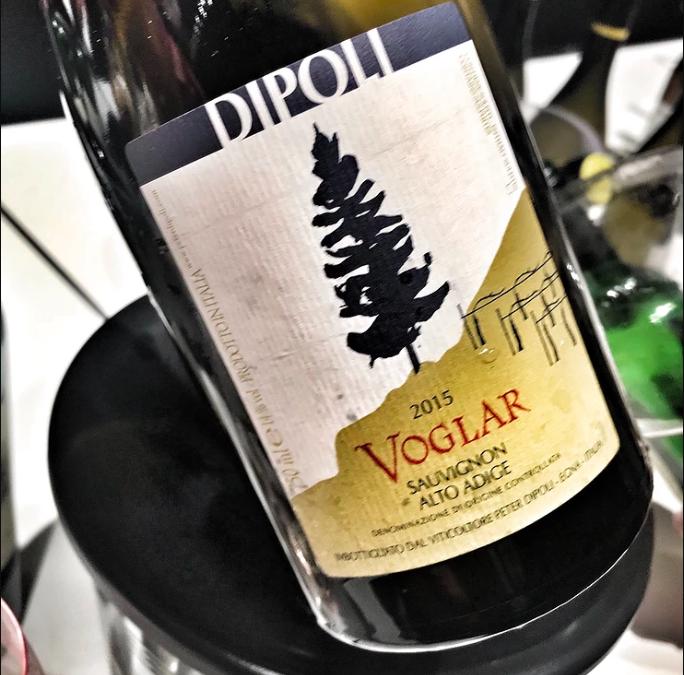 """Peter Dipoli – """"Voglar"""", un Sauvignon che profuma di """"passione""""."""